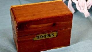 Vintage Recipe Box 15 – Wood Box