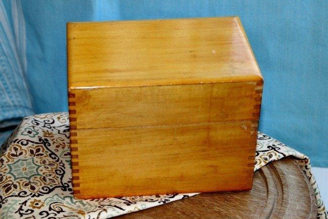 VRP016 - Gold Wood Box