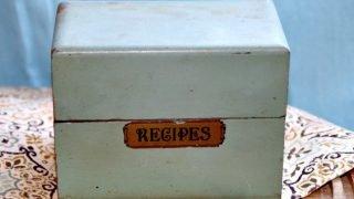 Vintage Recipe Box 31 - Green Wood Recipe Box