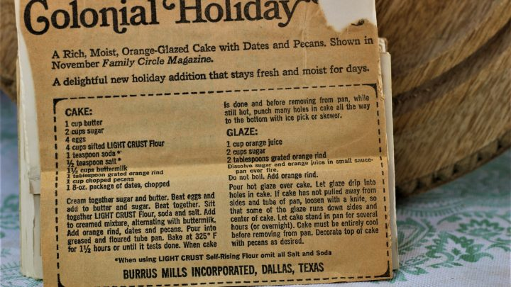 Colonial Holiday Cake