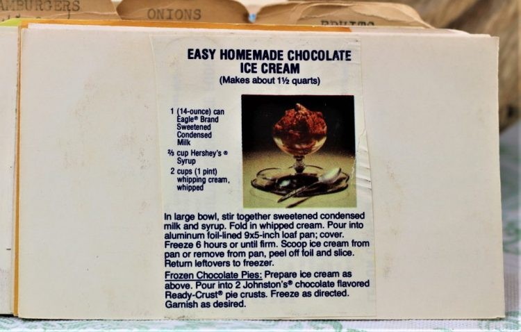 Easy Homemade Chocolate Ice Cream e1543972445435