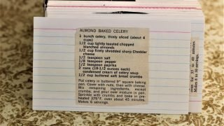 Almond Baked Celery