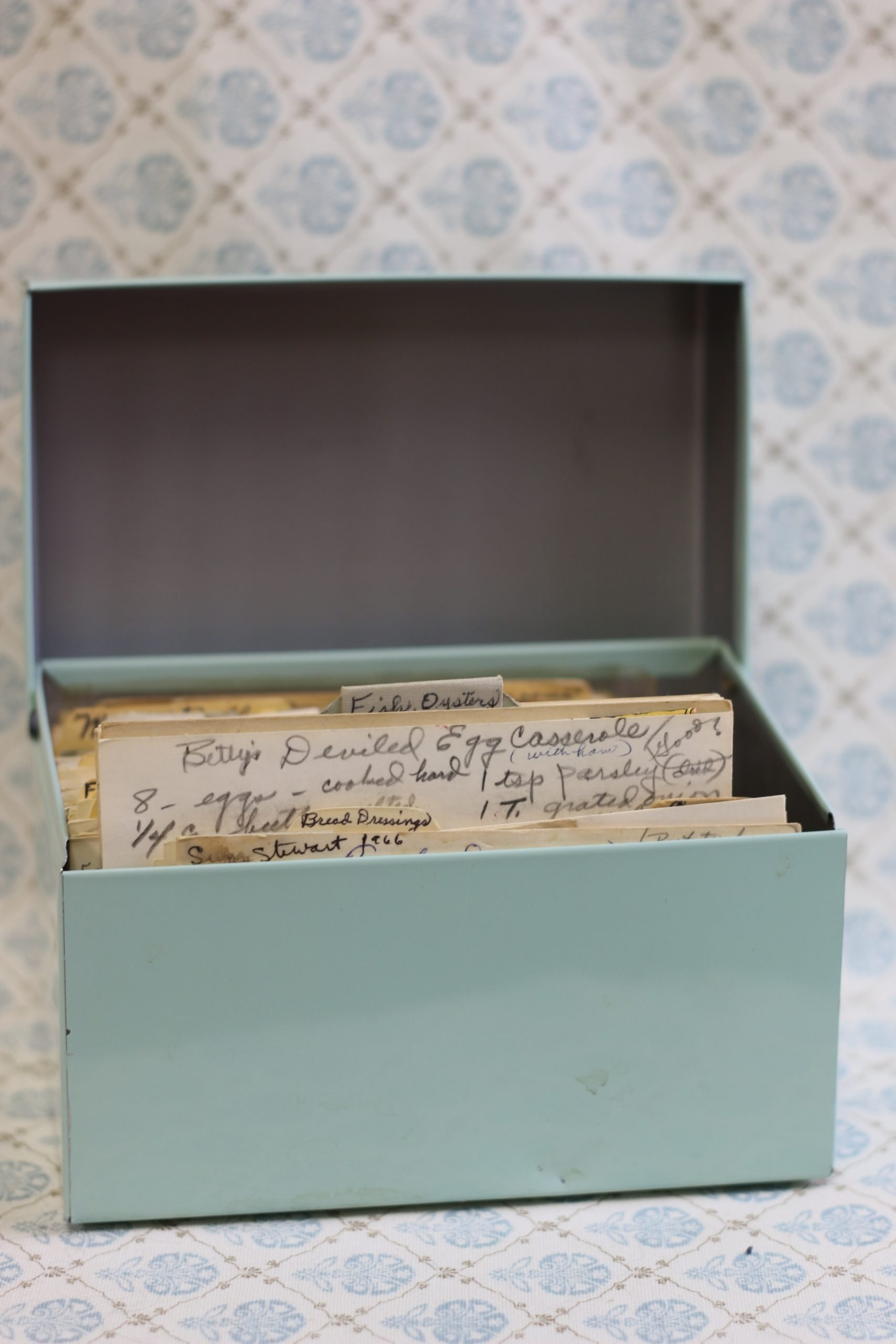 Vintage Recipe Box 42 scaled